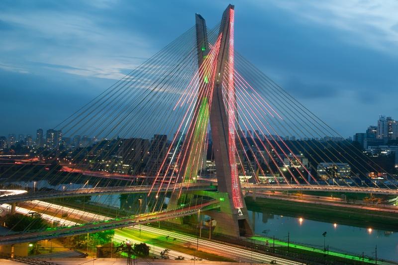 18b3f7ae52 A legnagyobb brazil városnak rengeteg féle arca van, és ha alaposan  felkészülünk a karakteresebb, avagy a rokonszenvünk elnyerésére esélyes  negyedek ...