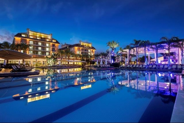 Crystal Family Resort & Spa Hotel ***** - UAI